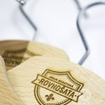 scoutshop-dreveny-vesiak-4